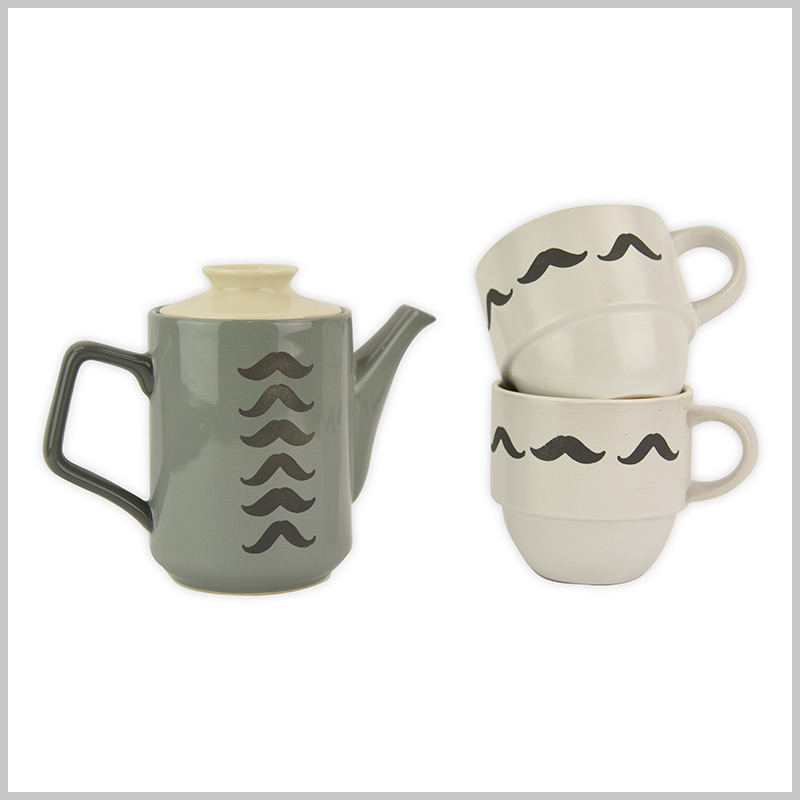 Stencilled Pots and Mugs