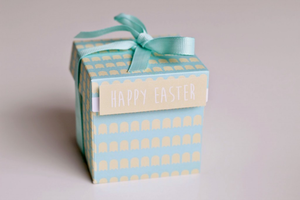 Easter treats gift box cwilson daily inspiration from our bloggers i love crafting for easter as the pastel colours really suit my tastes so today im sharing this cute pastel coloured easter treats gift box the perfect negle Image collections