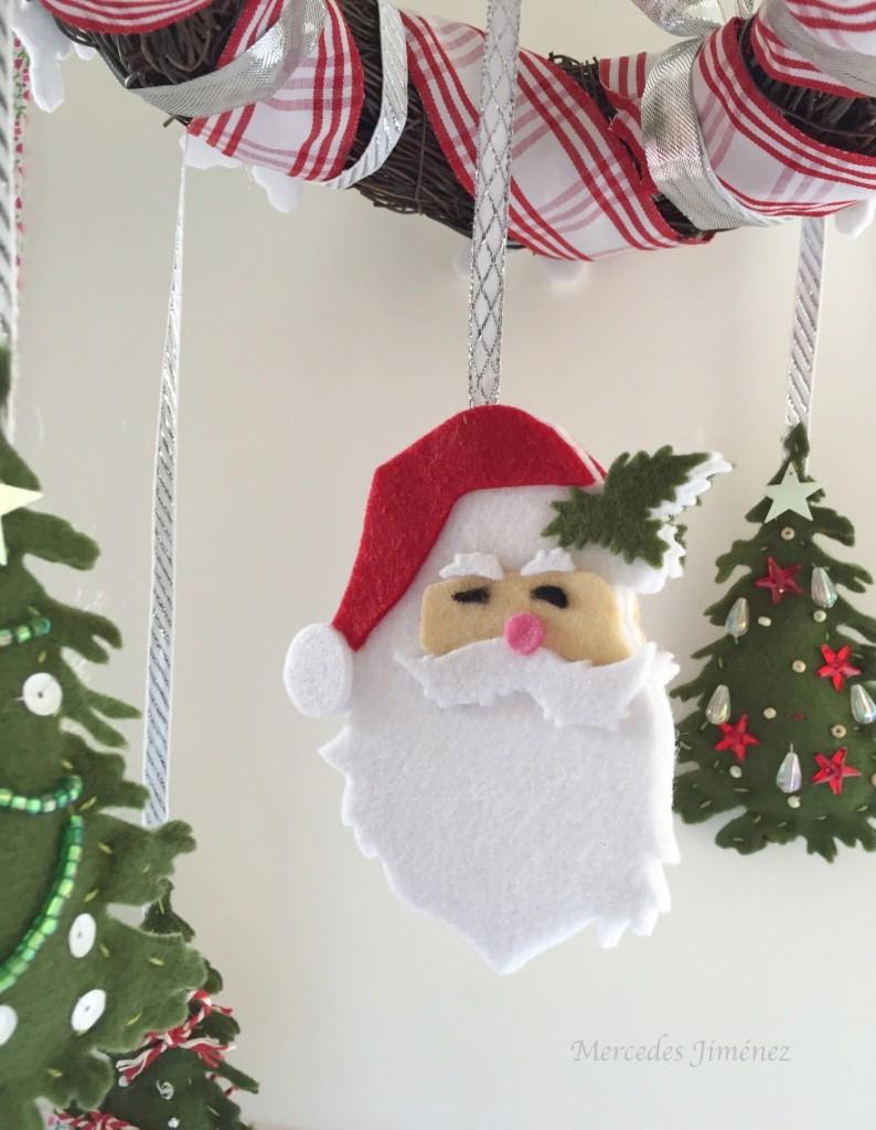 Xmas Mobiles Santa details