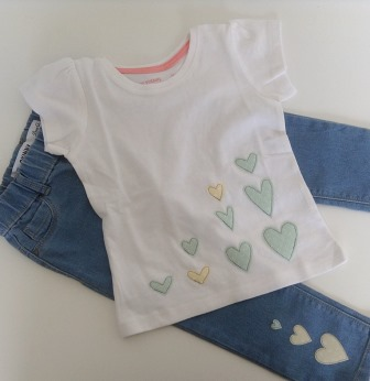 summer love -hearts t-shirt and jeans
