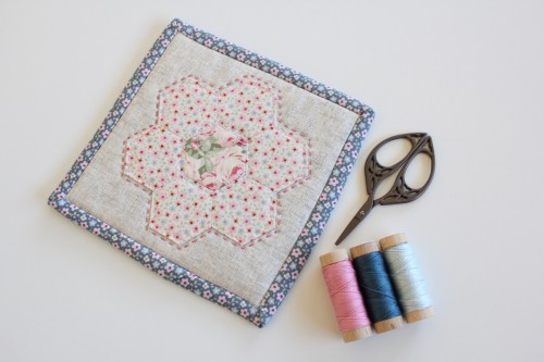 Make a Hexagon tutorial by Molly and Mama - 43