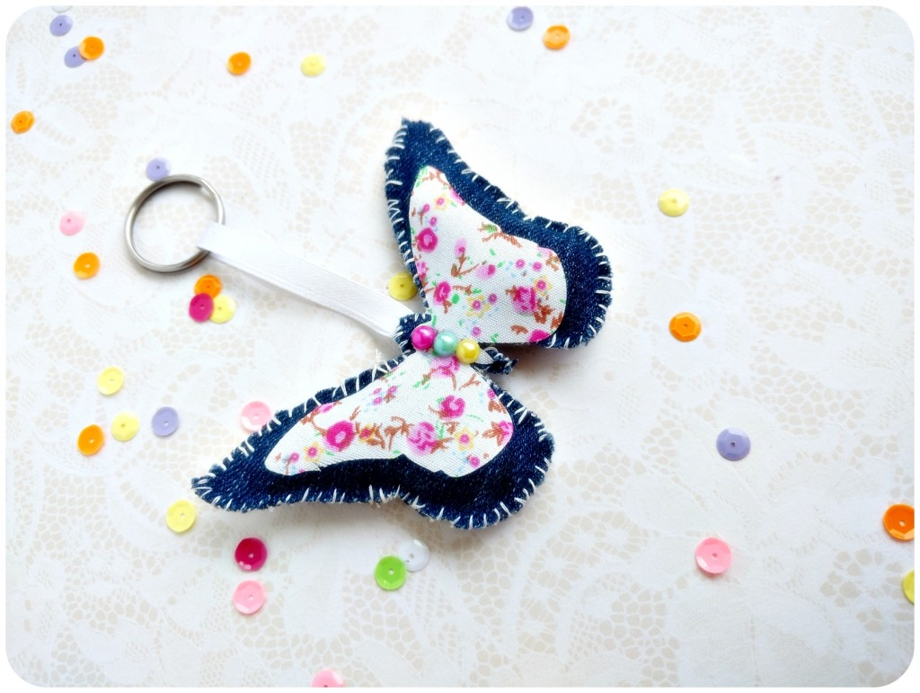 DIY-Fabric-butterfly-keychain-Sizzix-by-Jasleen-Kaur