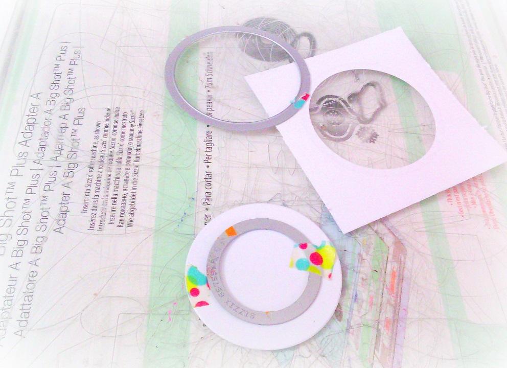 sizzixframelitcircledies