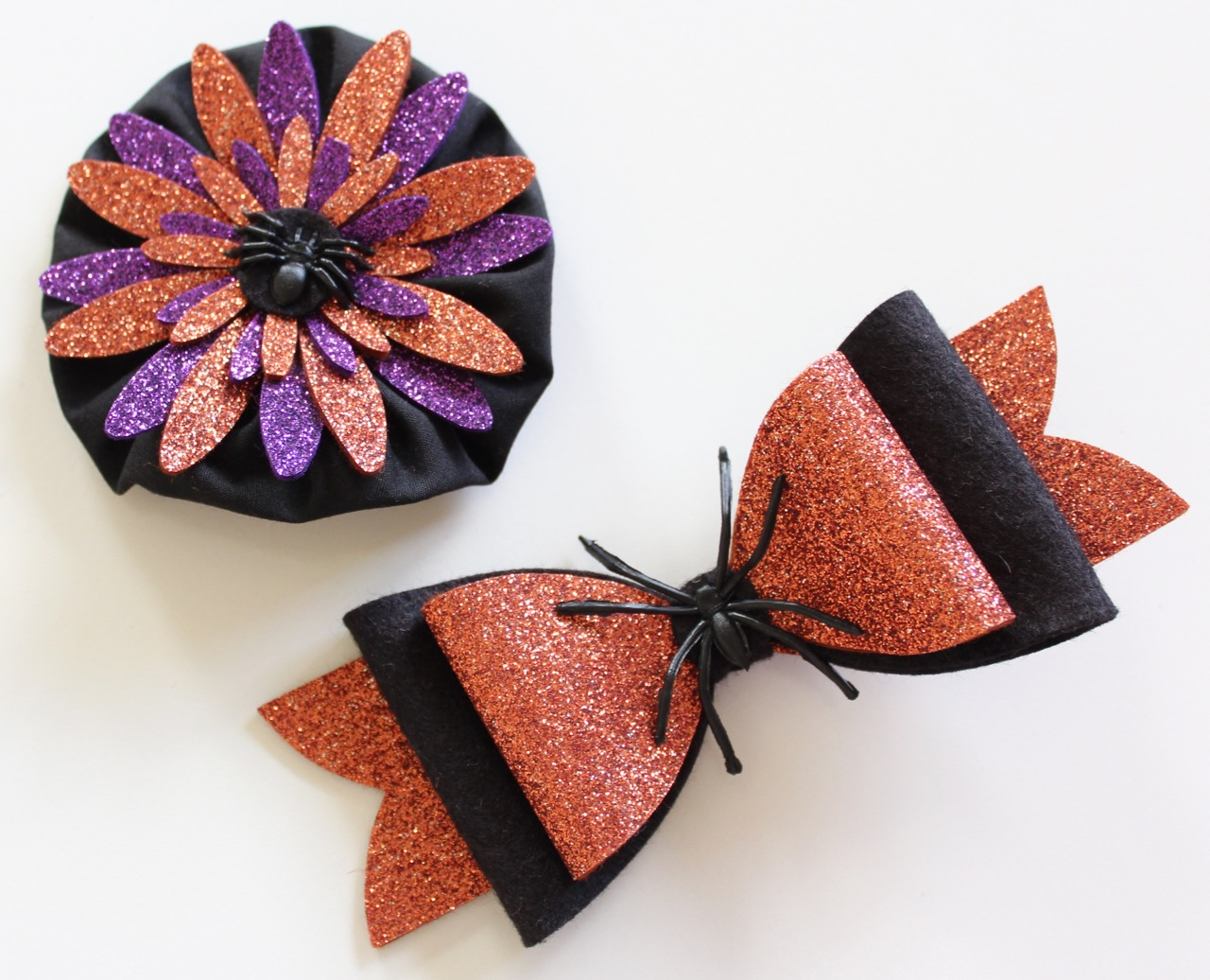 Halloween Hair Clips from Molly and Mama