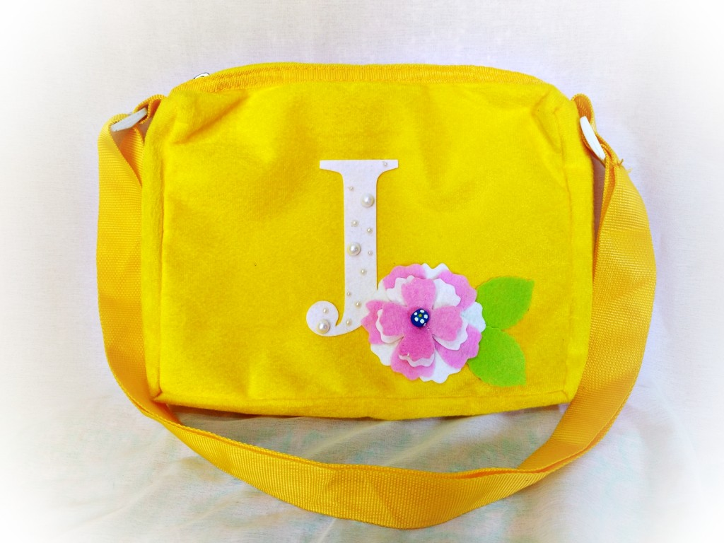 upcycling a bag  with sizzix by jasleen kaur-1