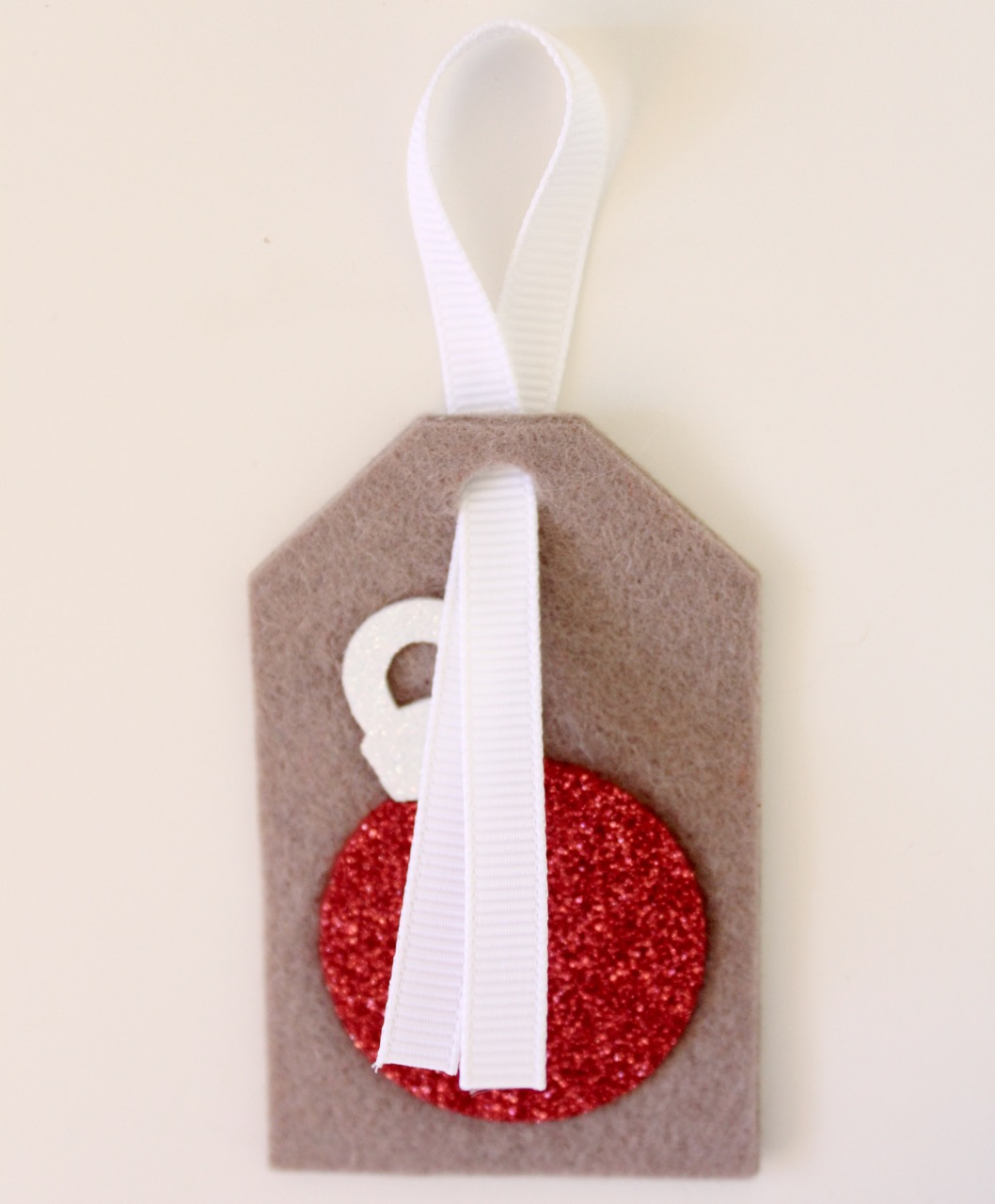 Christmas felt tags by Molly and Mama - 6