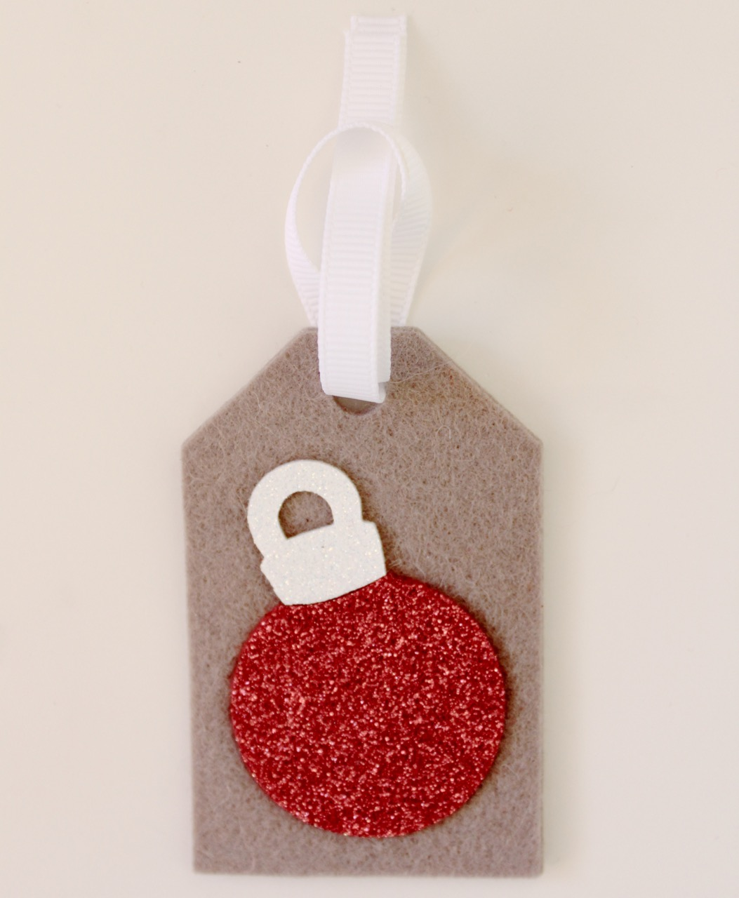 Christmas felt tags by Molly and Mama - 7