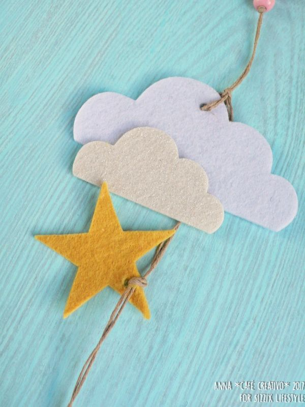 Make a felt wall decoration for baby's room using Sizzix die