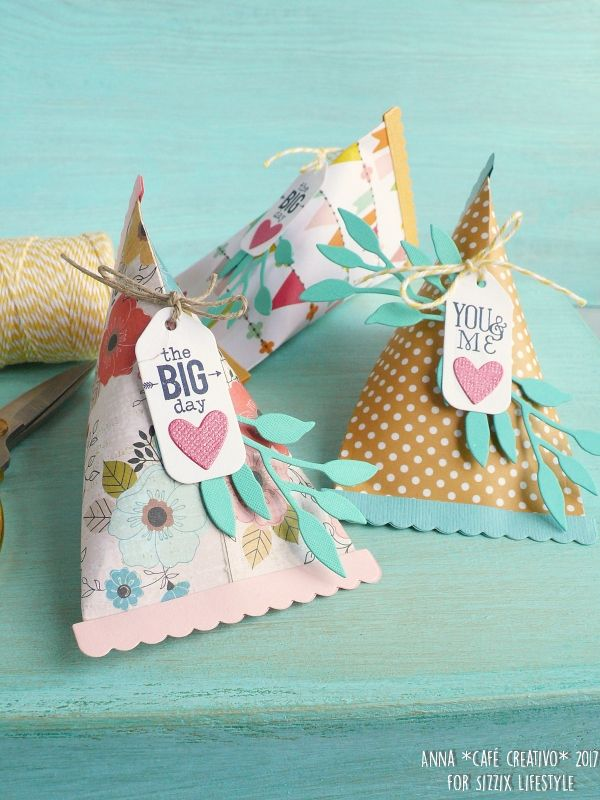 party-favour-triangle-gift-box-sizzix-die-1