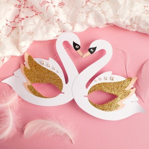 How to make a Carnival Swan Mask