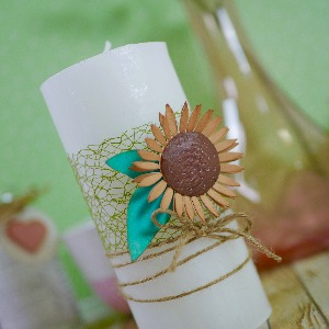 Home decor: Sunflower candle