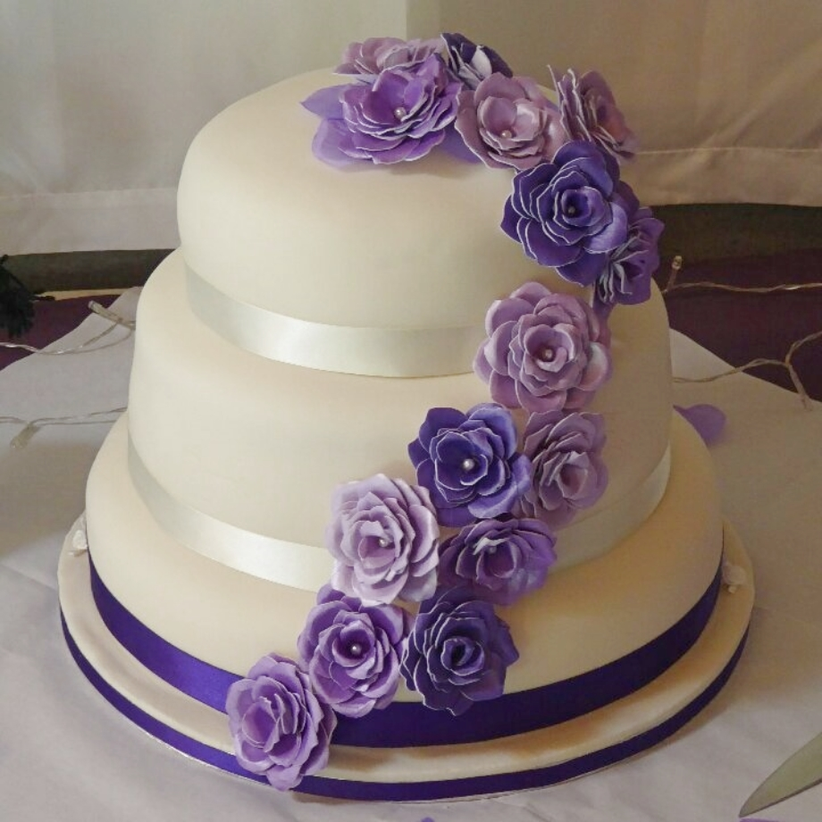 Pretty Purple Wedding Cake
