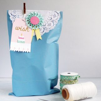 Adorable Birthday Gift Wrapping Idea