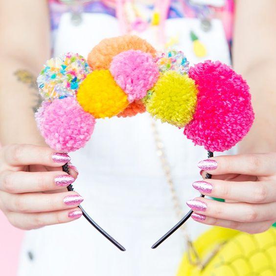 Pom Pom Fashion Accessory Ideas!
