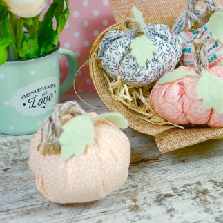 DIY Fabric pumpkins (VIDEO)
