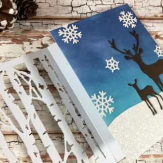 Tri-fold winter card by Vicky Papaioannou