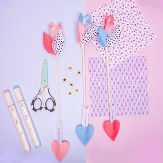 Valentine love arrows