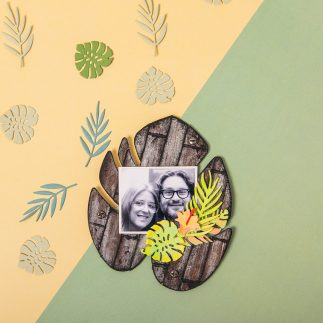 Tropical leaf photo frame (VIDEO)