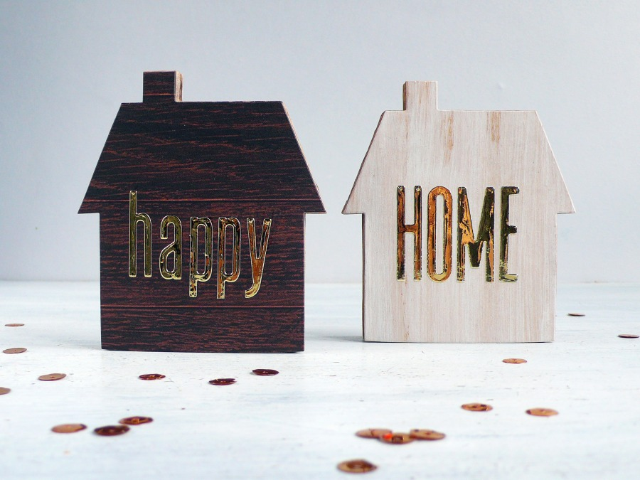 Home Decor: Set of 2 cardboard houses - VIDEO