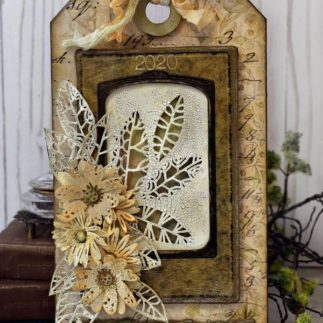 Tim Holtz Etcetera Gift Tag by Jan Hobbins