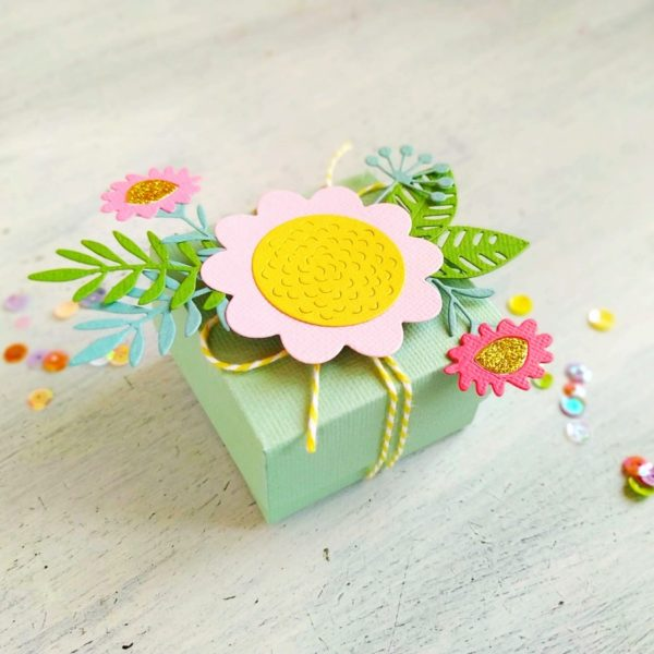 DIY - Gift Box Floral Tropics