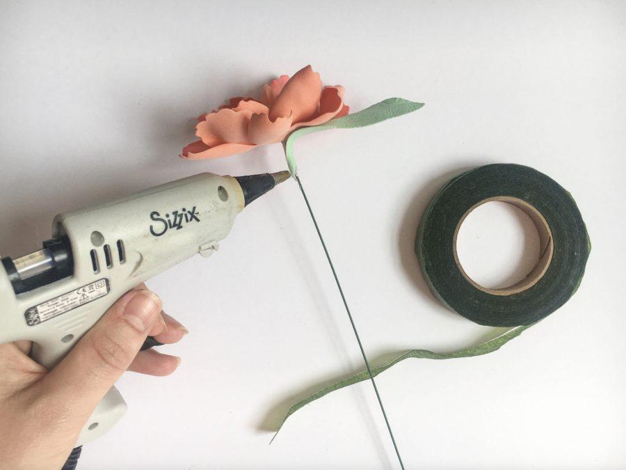 Sculpting Foam Flower Bouquet