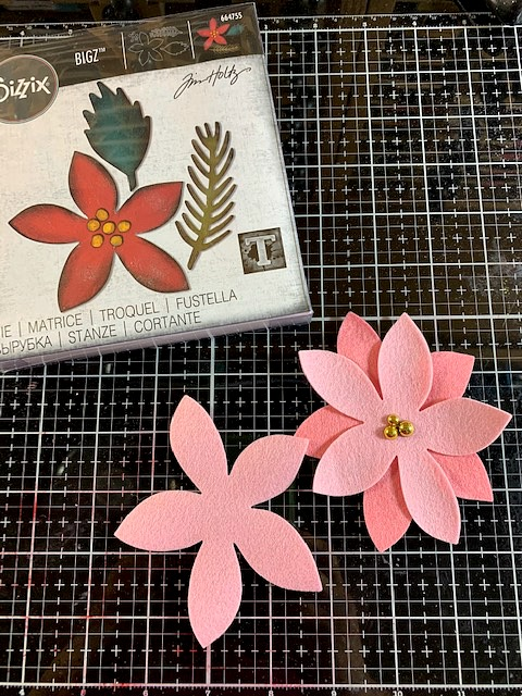 How to Make a Poinsettia Wreath