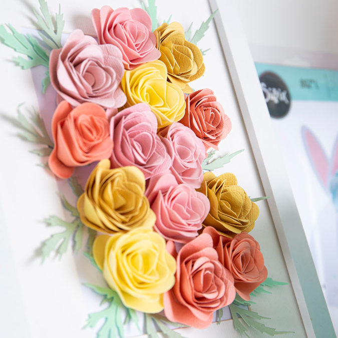 Flowers crafted using Die Cutting.